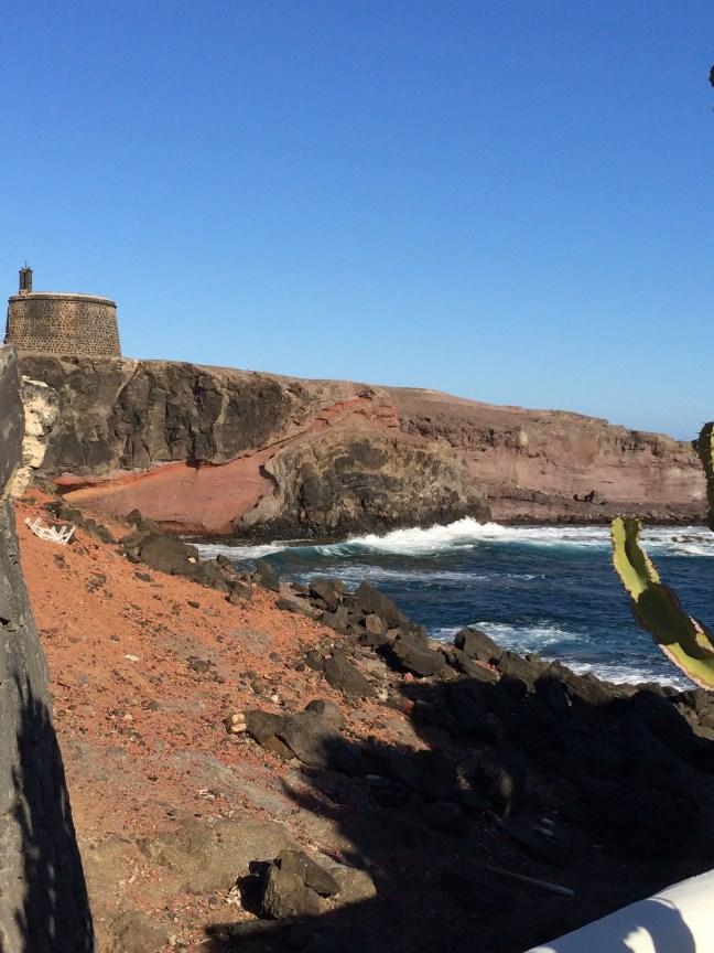 travel-guide-spain-lanzarote