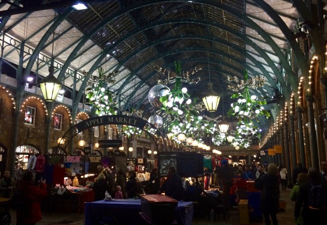 london-christmas-experiences-covent-garden