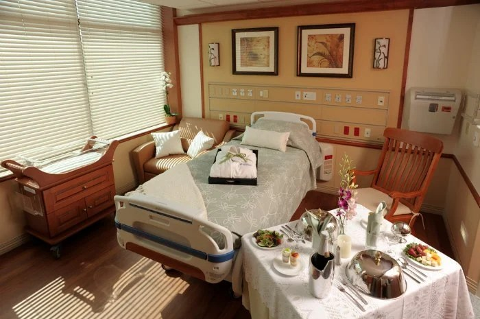 Dr. P. Phillips Baby Place At Winter Park Memorial Hospital Room