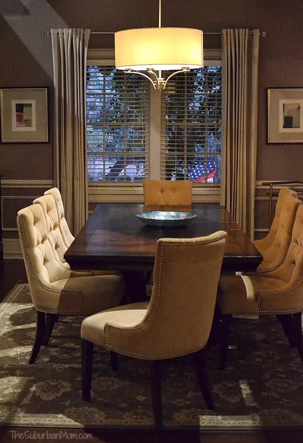 black-ish set dinning room