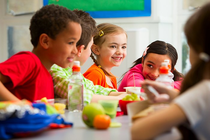 Kids Lunchroom
