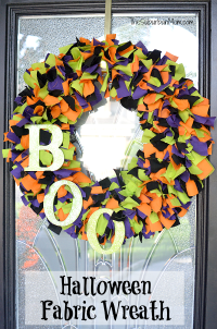 DIY Fabric Halloween Wreath Tutorial