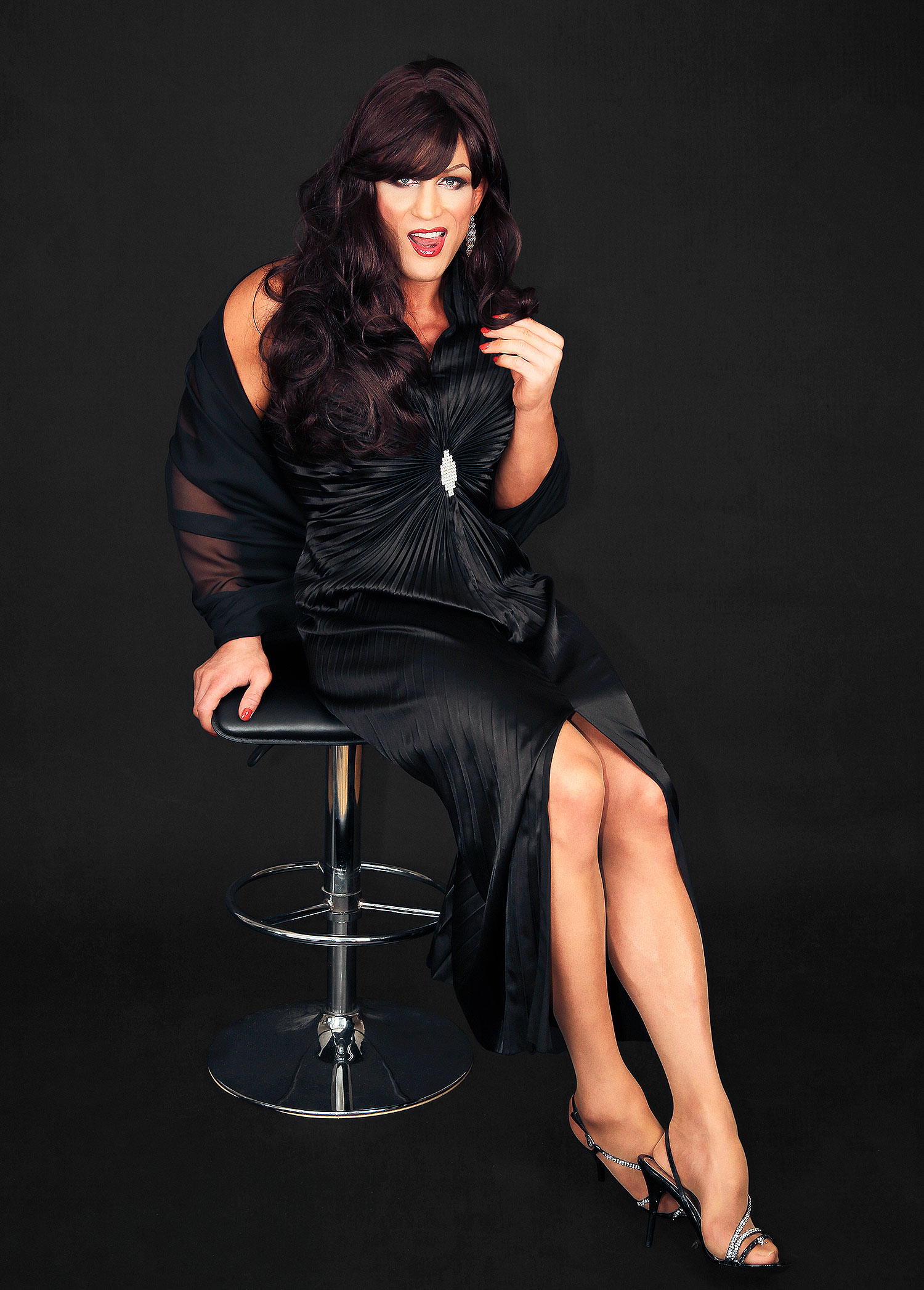 Alex Reid Katie Price forced me to come out as a transvestite for her own financial gain  The Sun