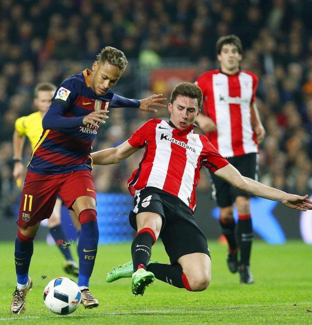 Pablo sarabia dan aymeric laporte. Laporte Spain Jersey / Euro 2021: Loïc Nego, the most ...