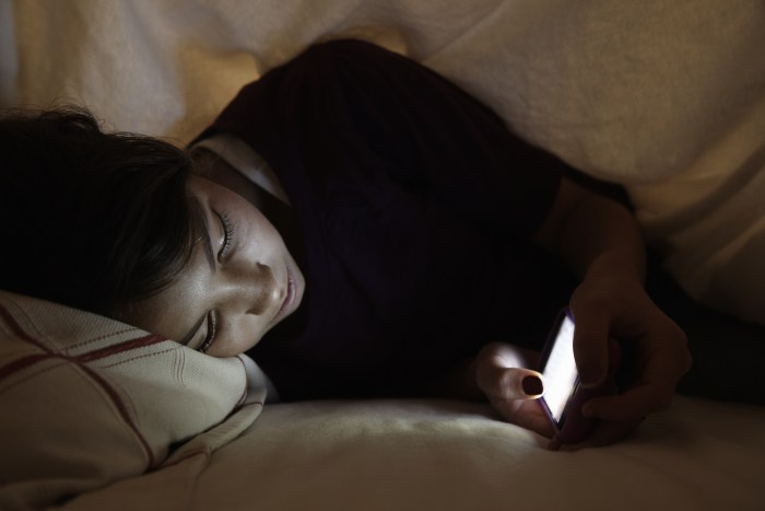 Kids who use their phones before bed are more likely to sleep badly