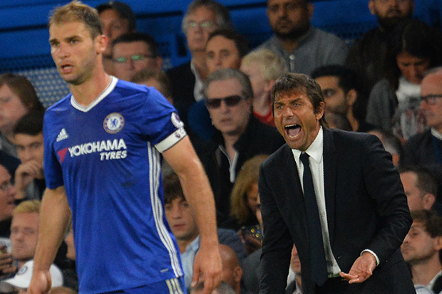 Chelsea transfer news: Branislav Ivanovic desperate to win back place in Antonio Conte's high-flying side despite exit talk