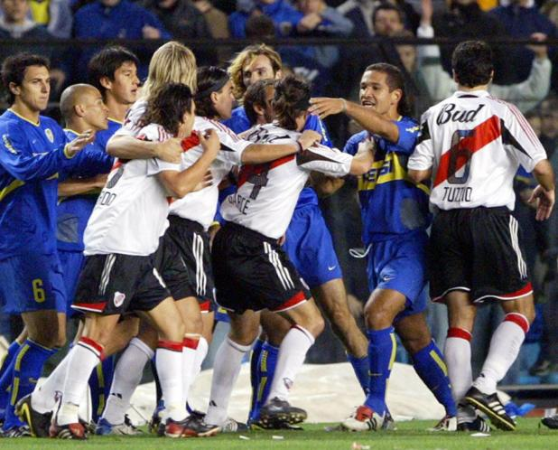 Boca Juniors and River Plate players involved in on-pitch battle in 2010