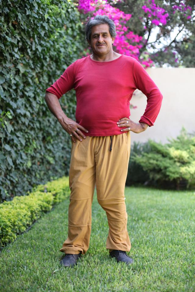 Roberto Esquivel Cabrera is believed to have the biggest penis in the world – with his manhood measuring in at a colossal 18.9 inches