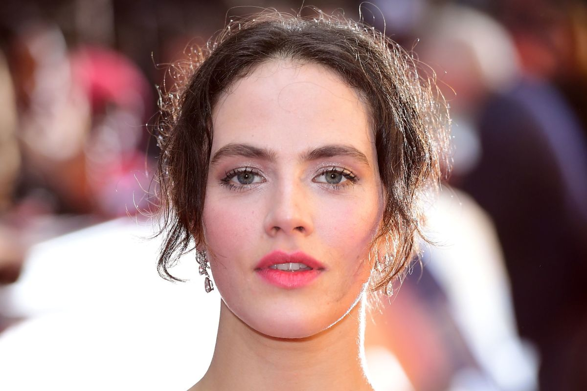 Why Jessica Brown Findlay swapped ballet for basques as she returns to ITV in a raunchy new role
