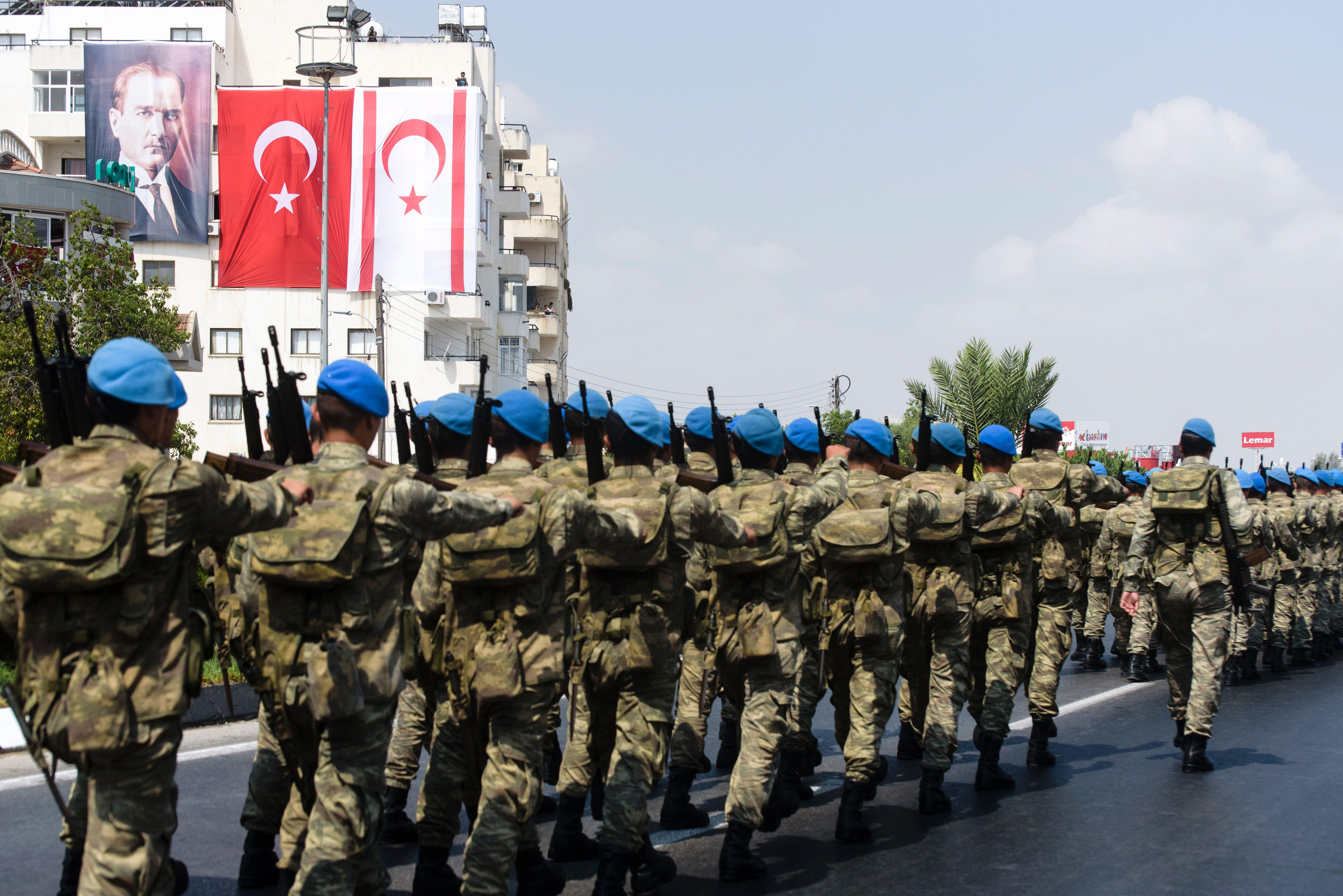 Turkish troops to be deployed to military base in Qatar as