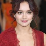 What Time Is Vanity Fair On Itv Who Else Is In The Cast Alongside Olivia Cooke And What S William Makepeace Thackeray S Book About