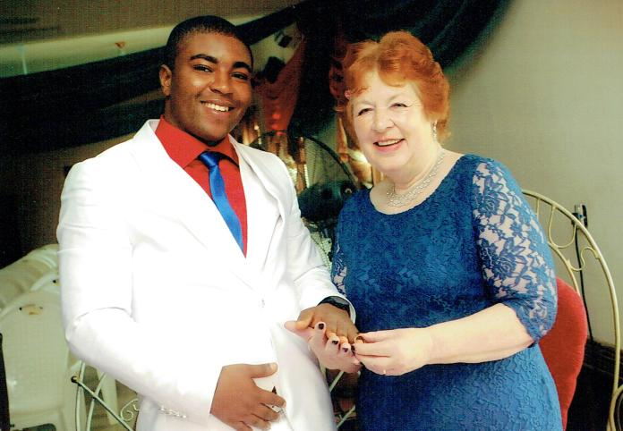 Angela and CJ tied the knot front of his friends and family at a register office in Lagos