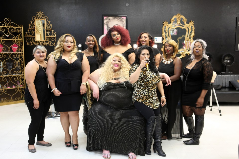 35 stone beautician opens a salon especially for plussized women complete with styling