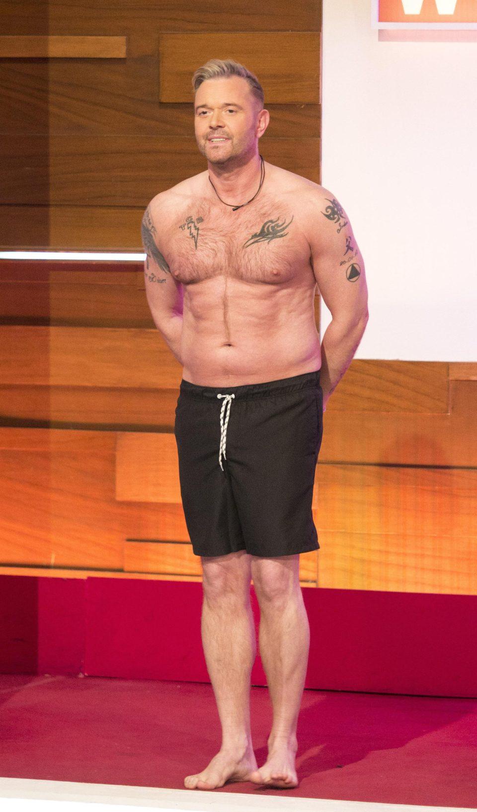 Darren Day stripped off on Loose Women