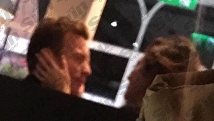 Fargo Co Star Mary Elizabeth Winstead 32 Places Her Hands On Ewans Cheek