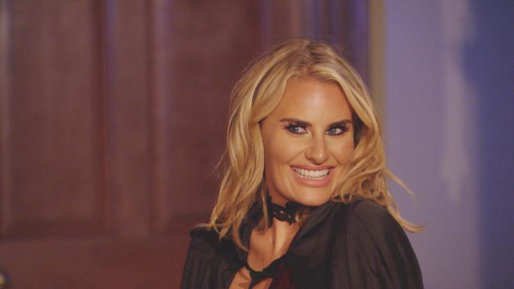 Dannielle Armstrong returns to Towie tonight