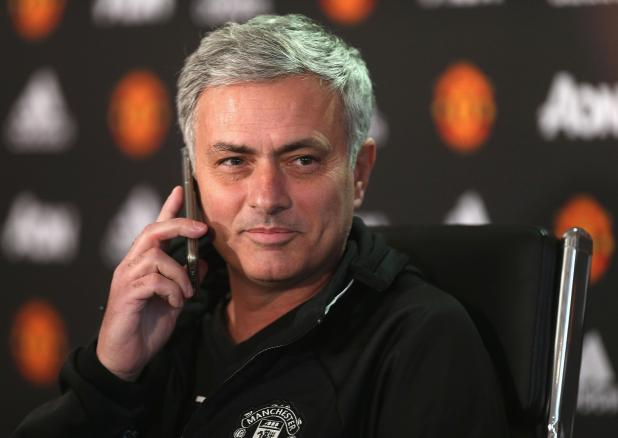 Jose Mourinho has been invited to dinner by Chelsea owner Roman Abramovich