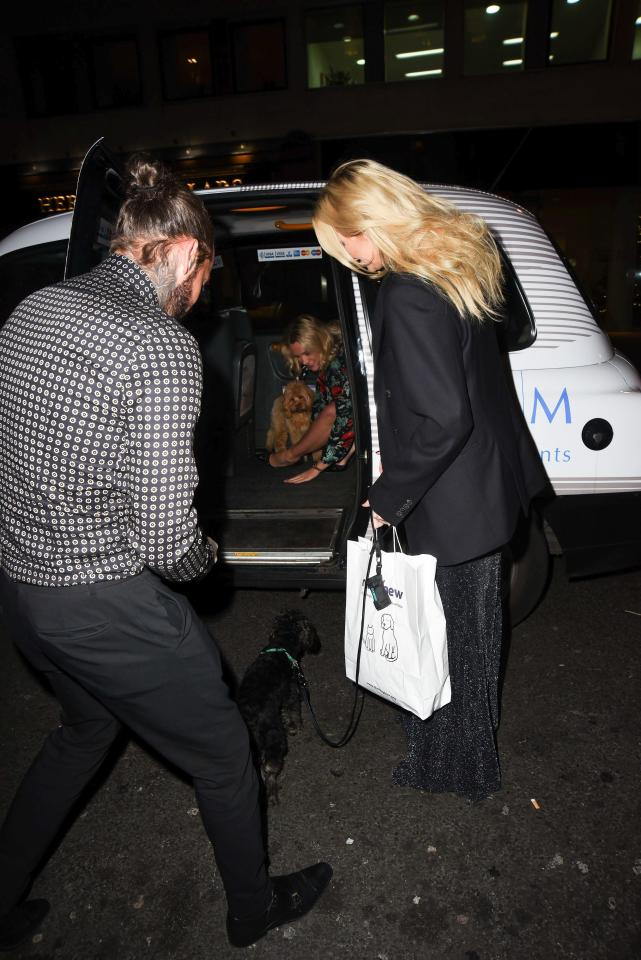 Pete was seen helping Steph and their pups into a taxi after the Tinsel and Tails Christmas fundraiser