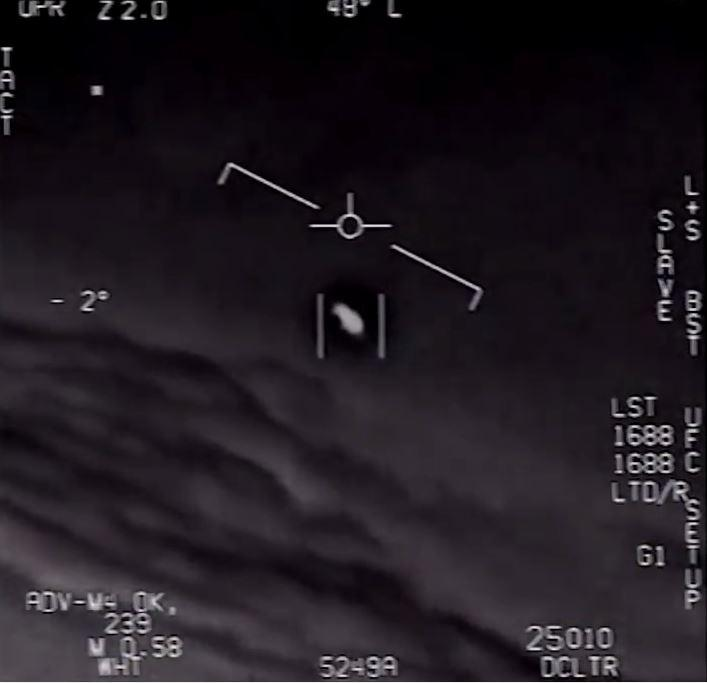 In a 2004 encounter, pilots reported seeing tic-tac like object in the sky