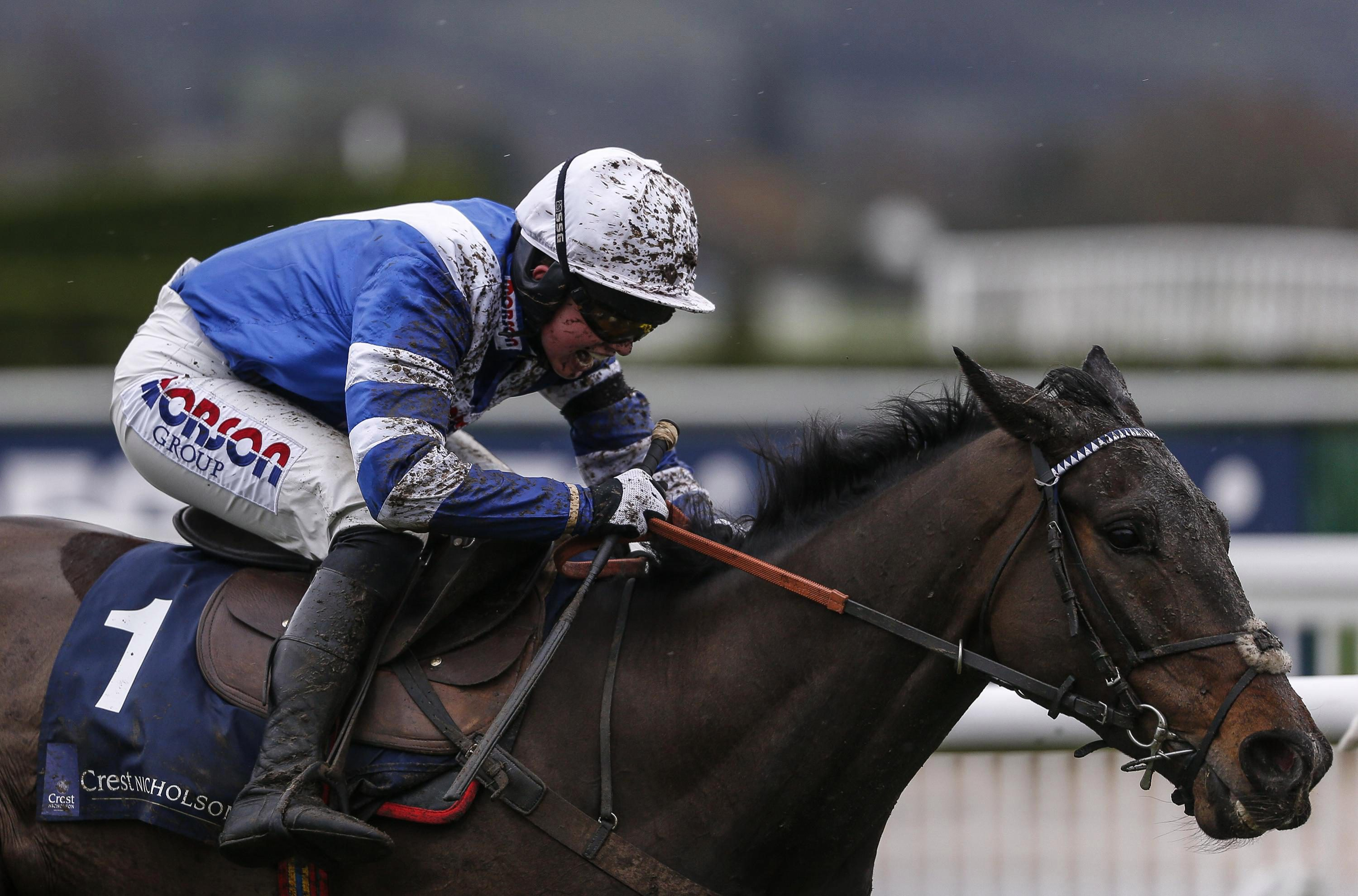 Bryony Frost could also take the ride on Frodon again