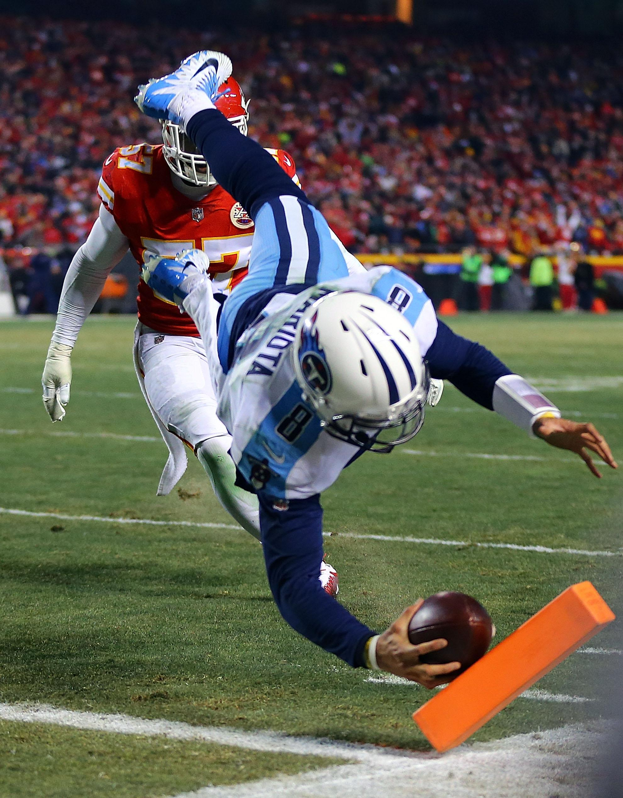 Marcus Mariota scored a sensational Tennessee Titans touchdown as he passed to himself