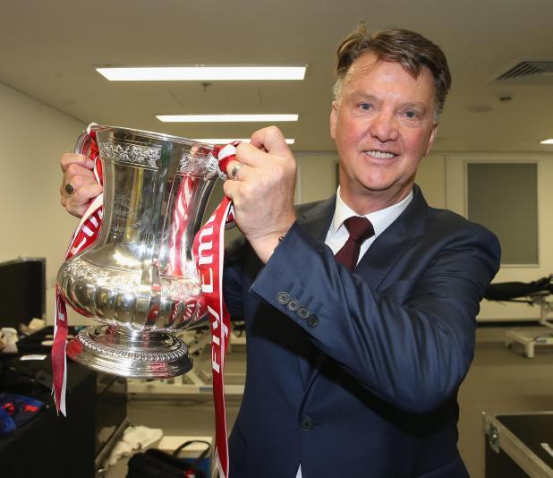 nintchdbpict000295021564 - Ex-Manchester United boss Louis van Gaal in running for Australia job ahead of World Cup