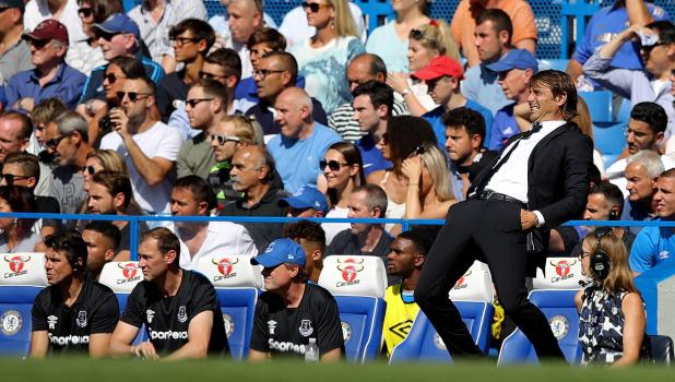 nintchdbpict000348443969 - Chelsea information: Antonio Conte has decided to turn to Yoga in bid to calm him down on the touchline