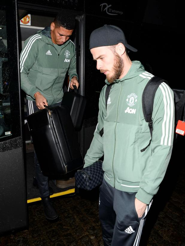 nintchdbpict000375655807 - Manchester United players arrive at Titanic hotel ahead of crucial clash against Everton