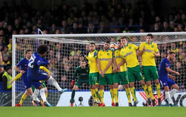 nintchdbpict000378862916 - Chelsea 1 Norwich 1 (Five-Three pens) match highlights: Willy Caballero the hero as nine-man Blues survive dramatic shootout