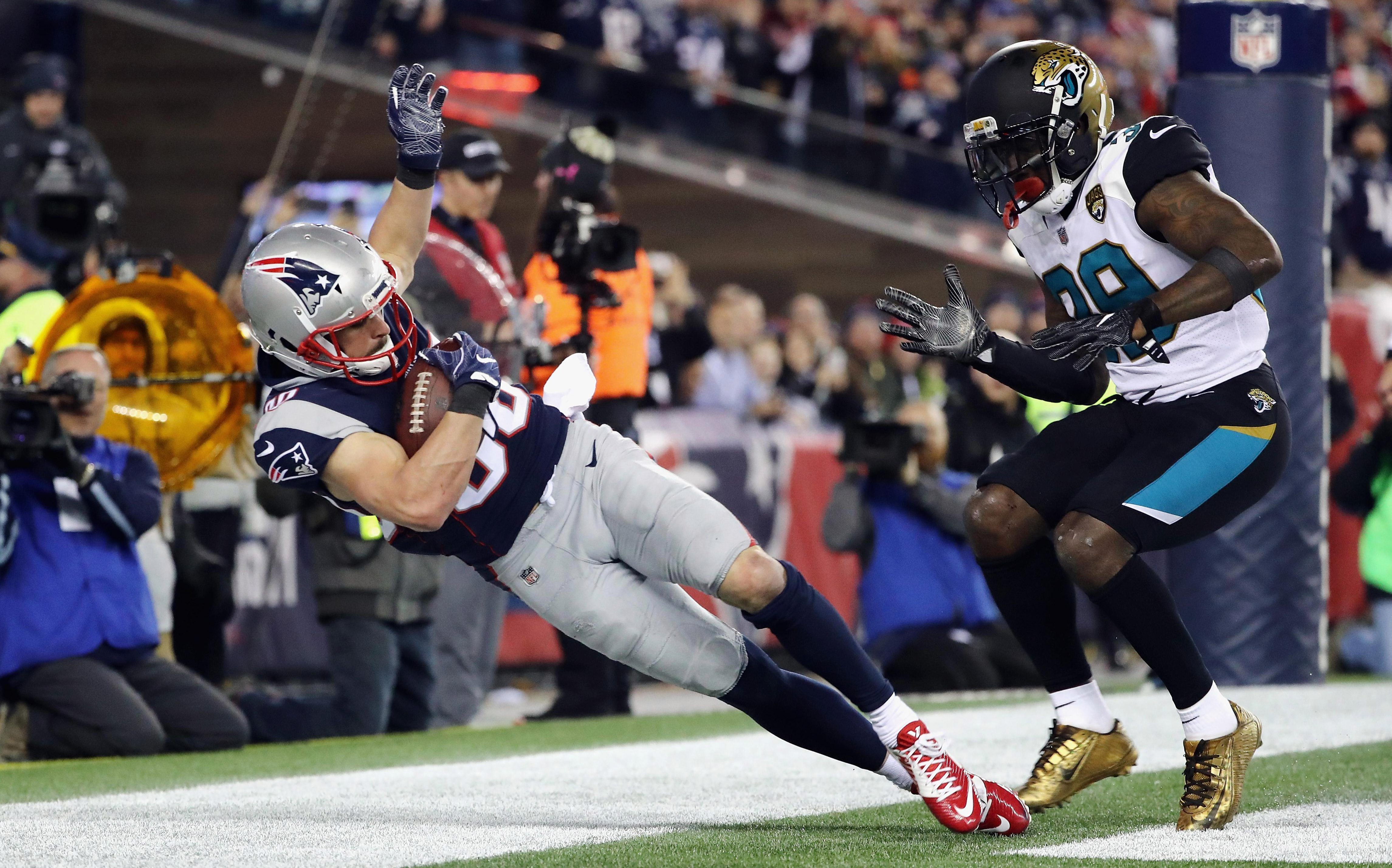 Danny Amendola caught the game-winning touchdown with less than three minutes to play at Gillette Stadium