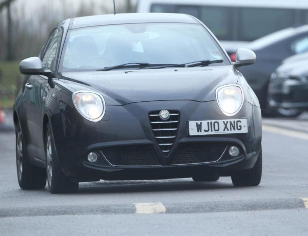 nintchdbpict000380405222 - Man United's £505,000-a-week star Alexis Sanchez drives car worth more than the motors of entire Yeovil team
