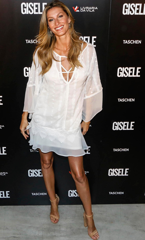 Tom Brady says wife and supermodel Gisele Bundchen wants him to retire