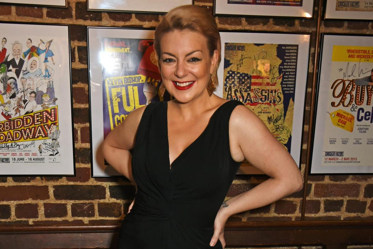 Sheridan Smith forced to take action over fake Tinder profile