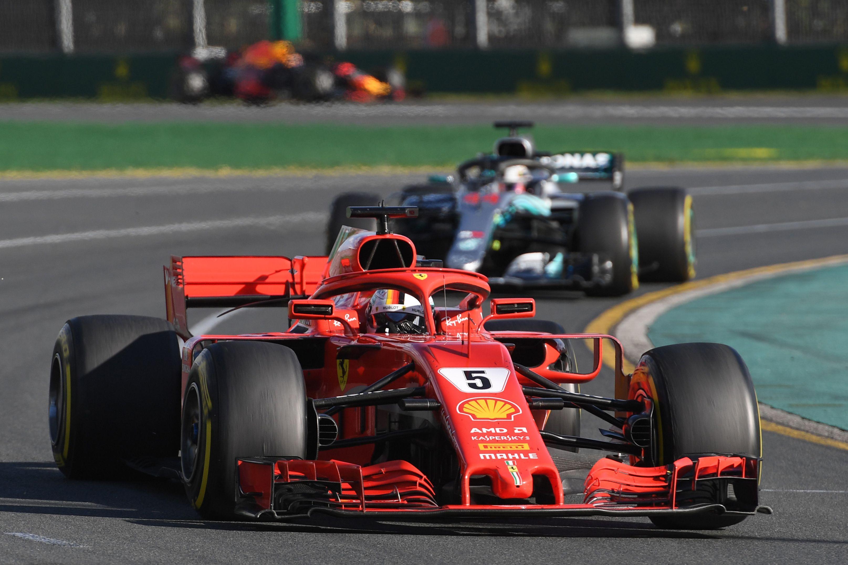 Sebastian Vettel finishes ahead of Lewis Hamilton in Australian Gran Prix