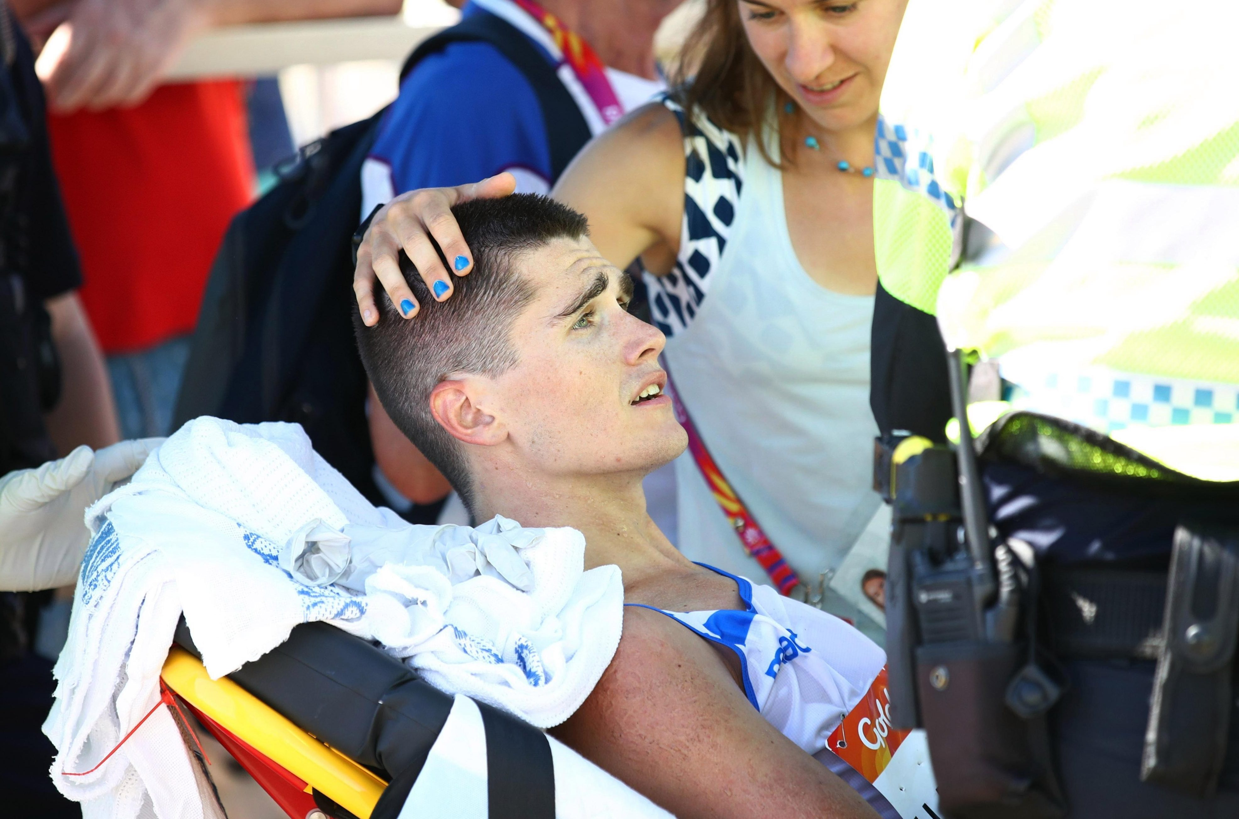 Scottish athlete Callum Hawkins collapsed while leading the marathon in the Commonwealth Games