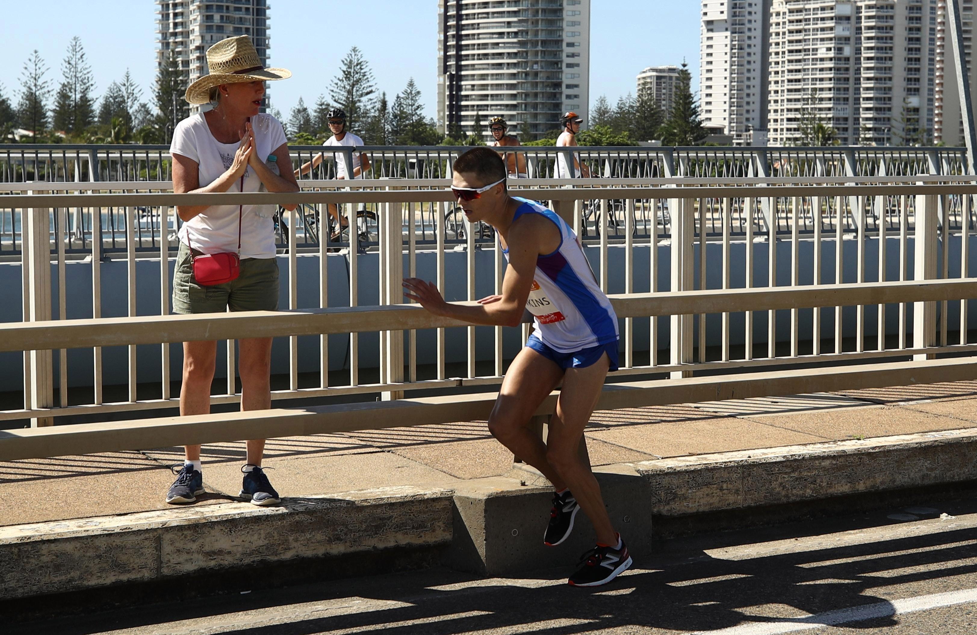 Callum Hawkins started to stumble in the Australian heat during marathon