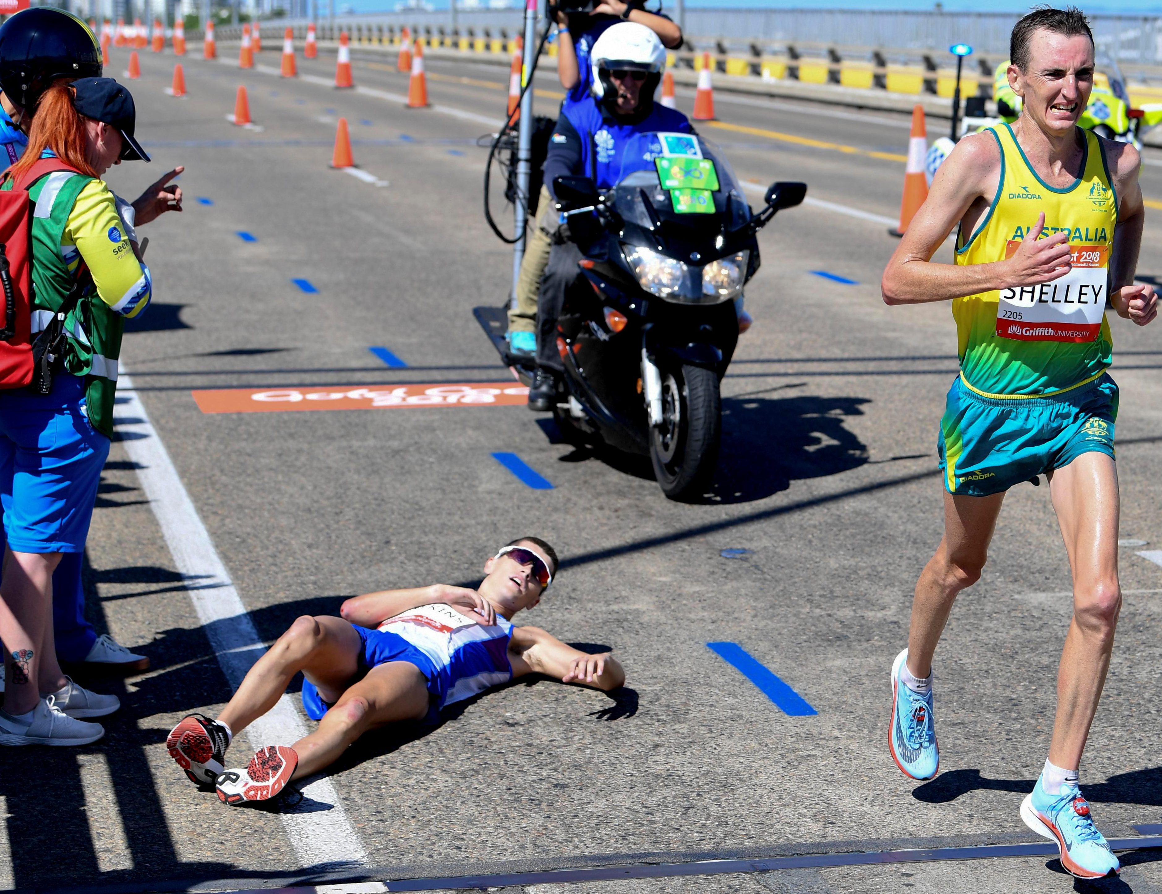 Scotland's Callum Hawkins came a cropper with just a mile to go of the Commonwealth Games marathon