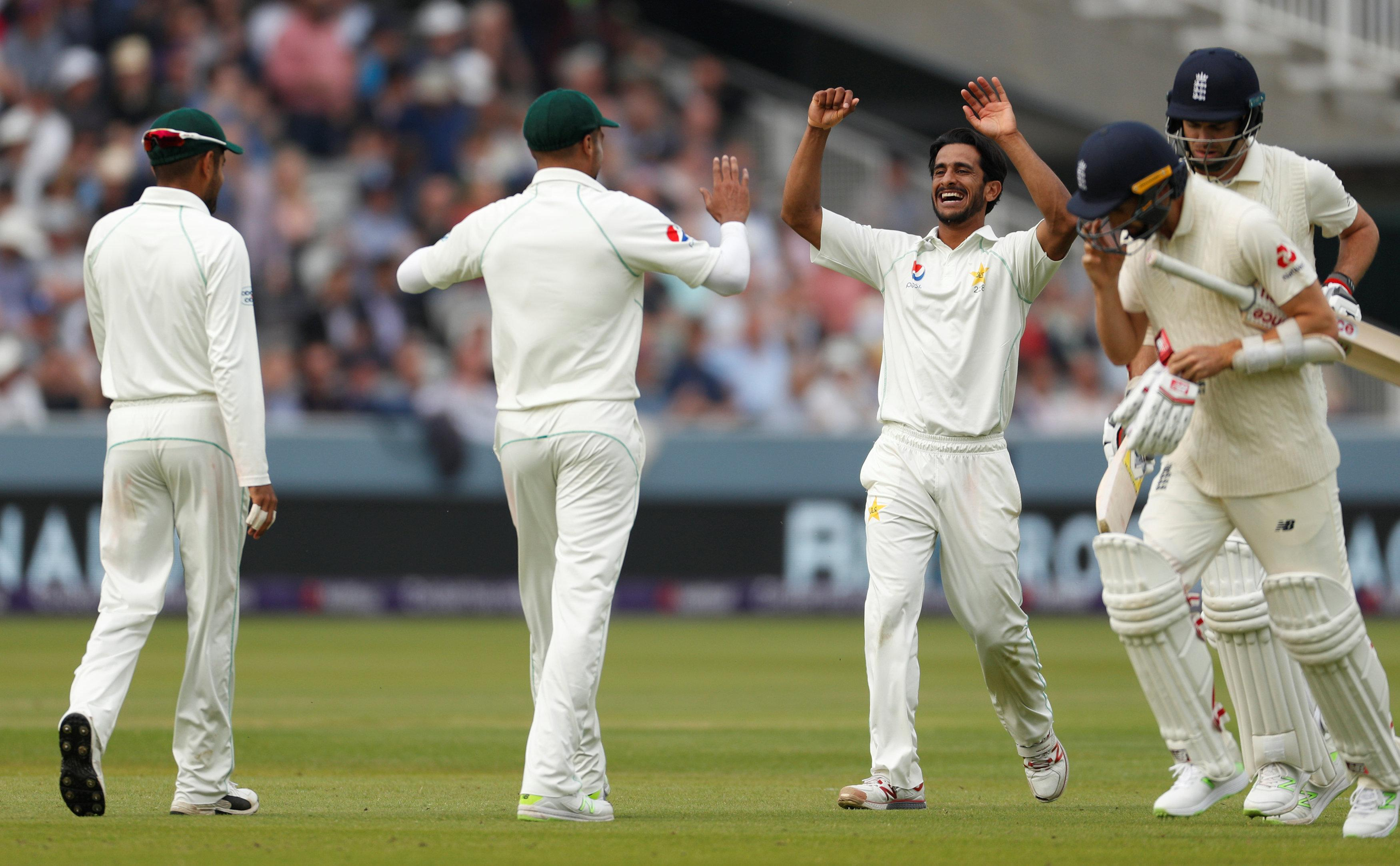 Pakistan bowled England out for 184 on day one at Lord's