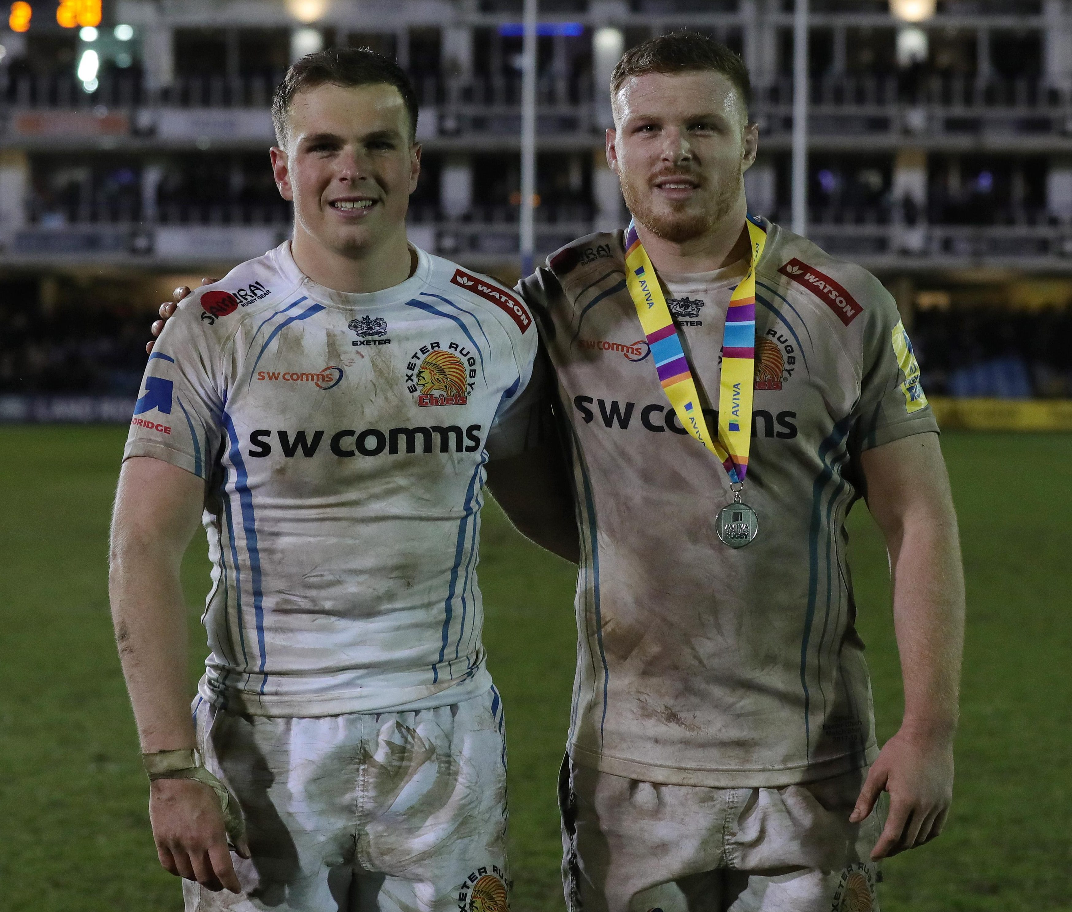 Exeter stars Sam and Joe Simmonds aim to top the season off in style by beating Saracens and the Vunipolas at Twickenham