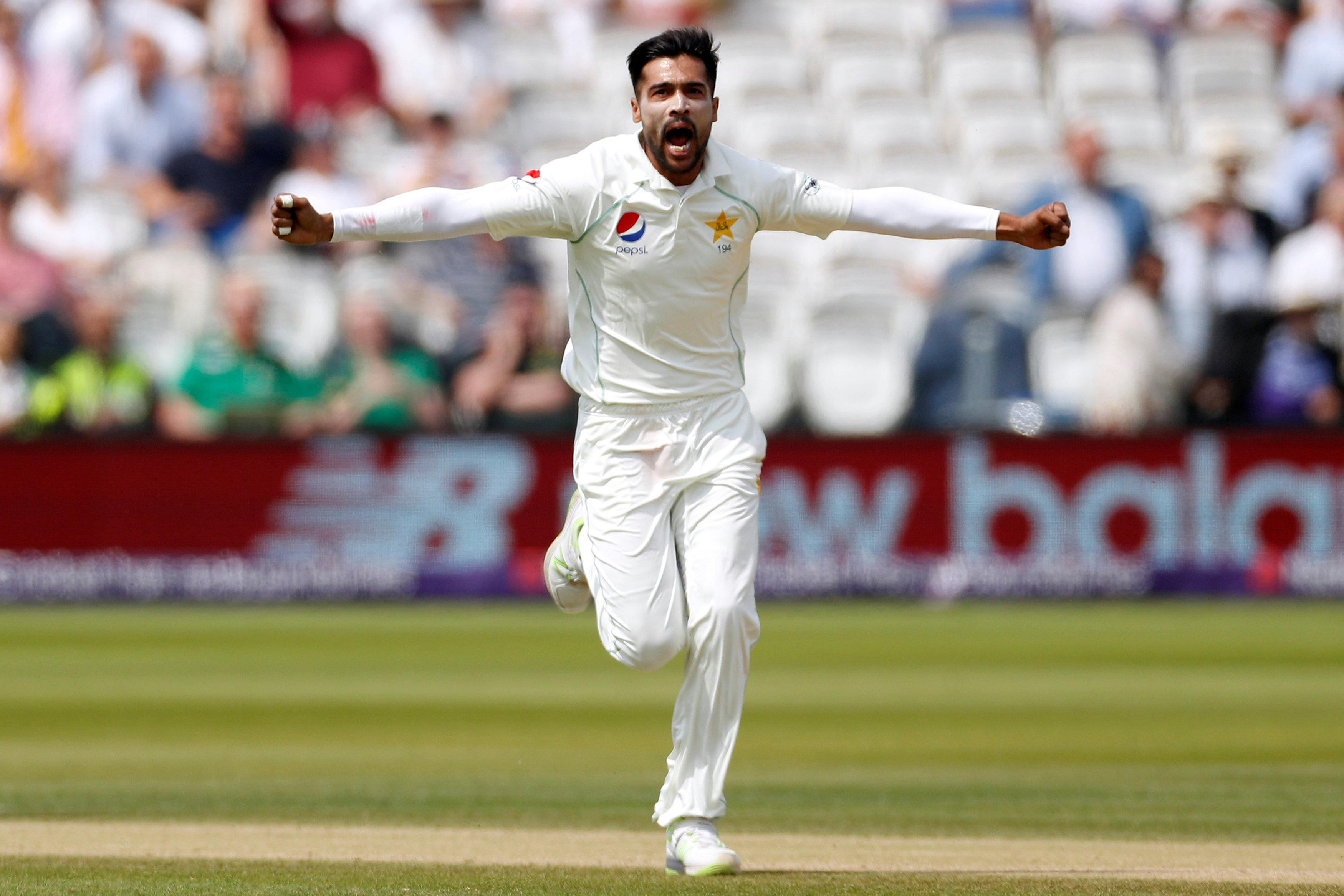 Pakistan dominated in the First Test as England failed to turn up