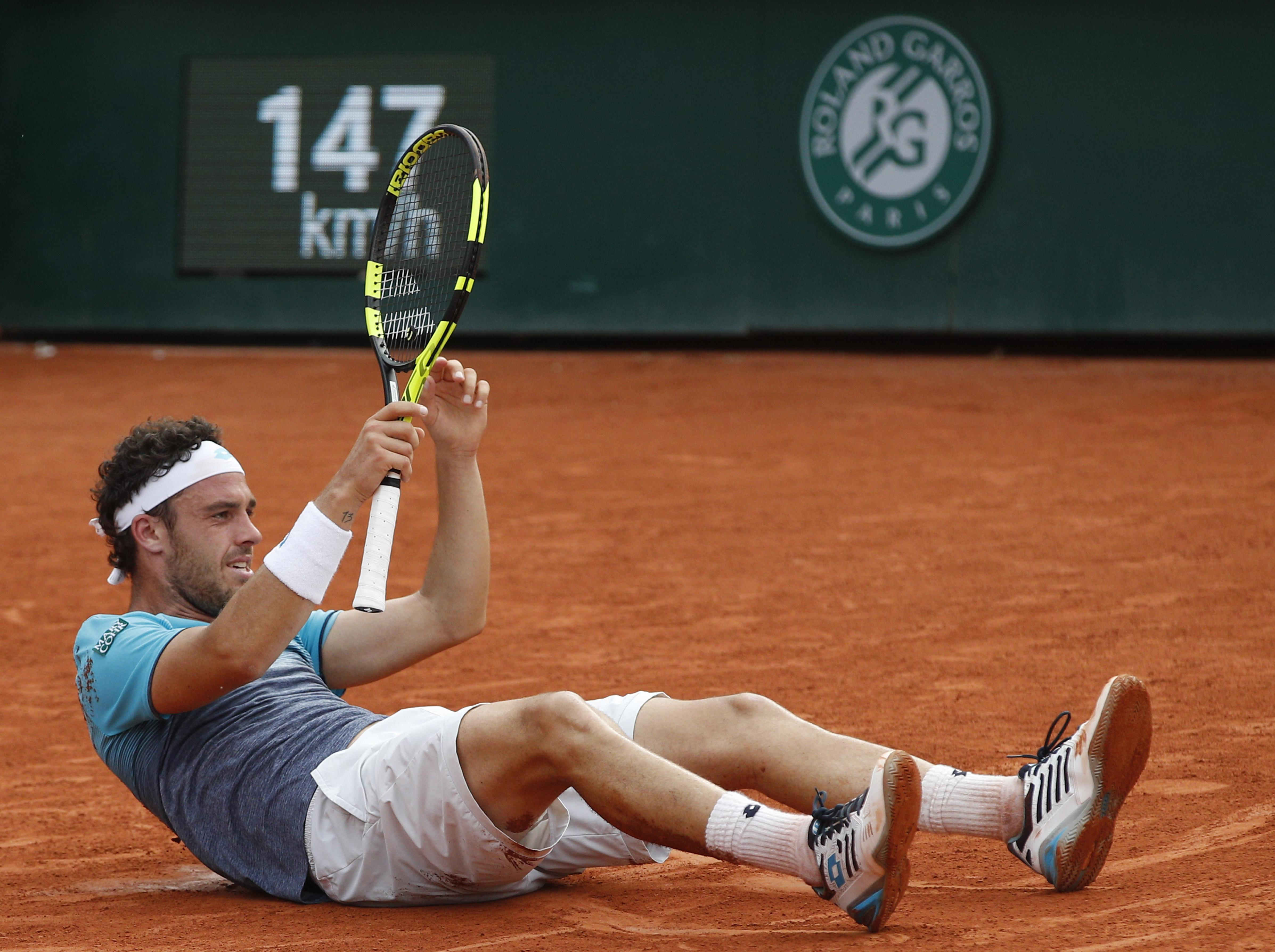 Cecchinato won an epic game which lasted four sets