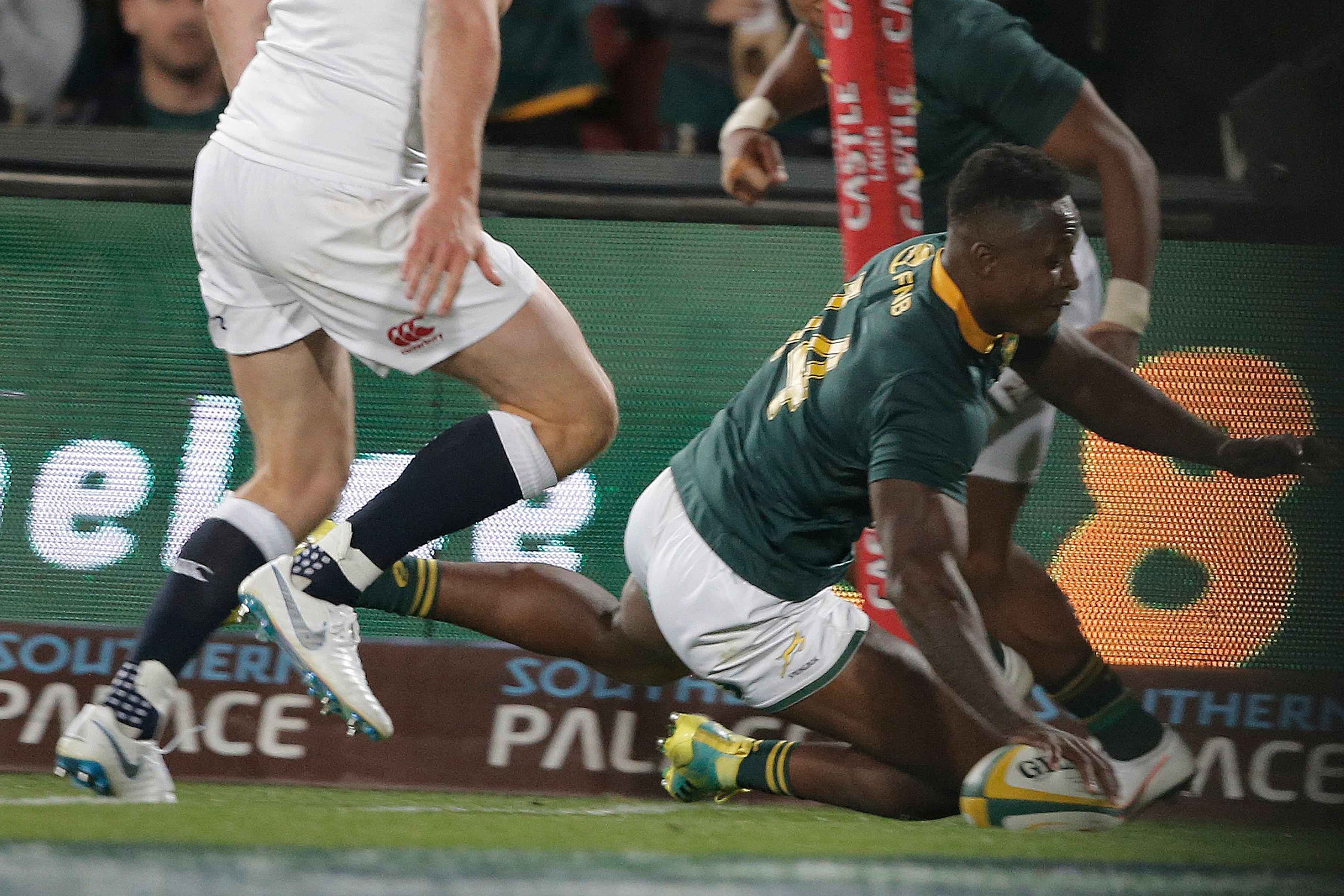 South African winger Sibusiso Nkosi scored two tries as the Springboks took the lead going into half-time