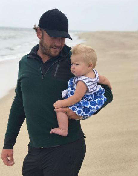 Record-breaking skiing ace Bode with his daughter Emeline Grier Miller