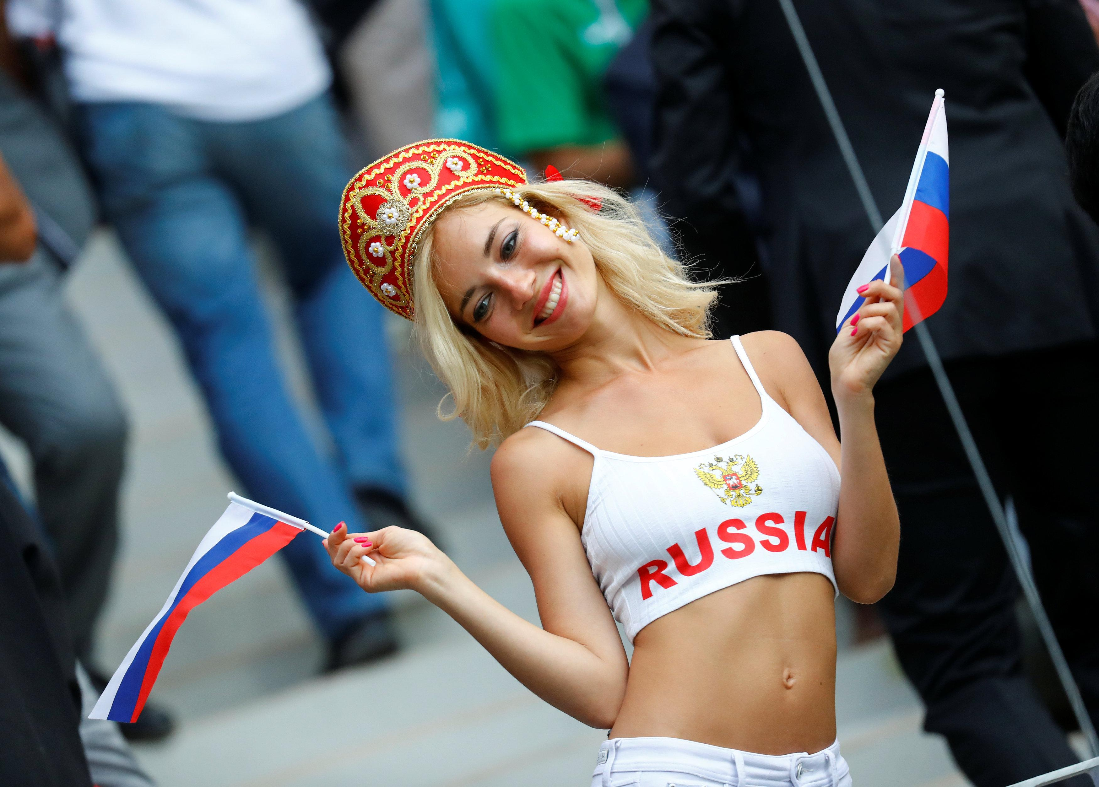 Fans stole the show as Russia beat Saudi Arabia 5-0