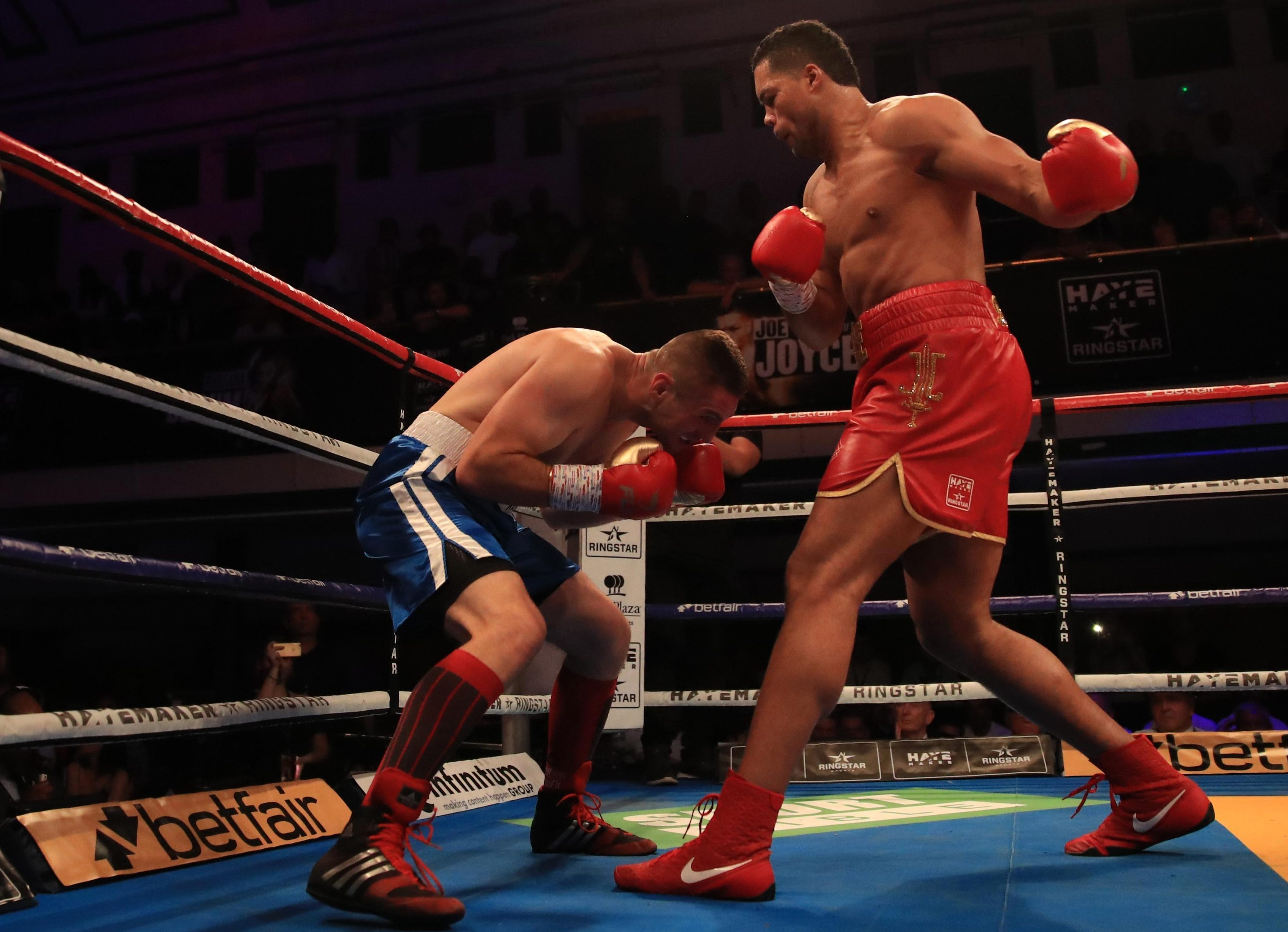 Grazing Joe Joyce hooks skimmed the head of Ivica Bacurin but he refused to beat the count