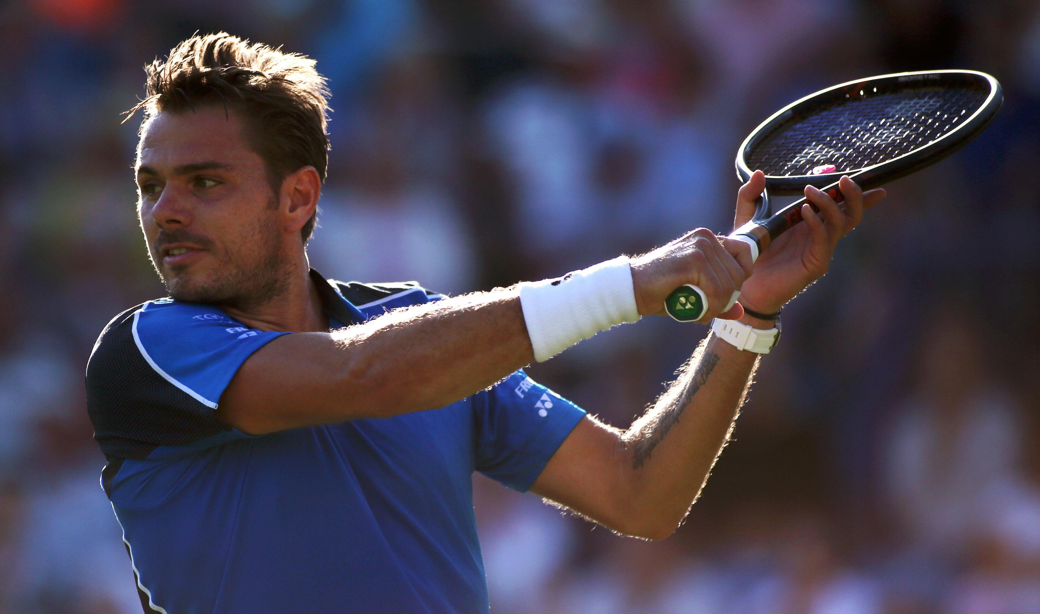 Stan Wawrinka was overpowered by Andy Murray in the Eastbourne International