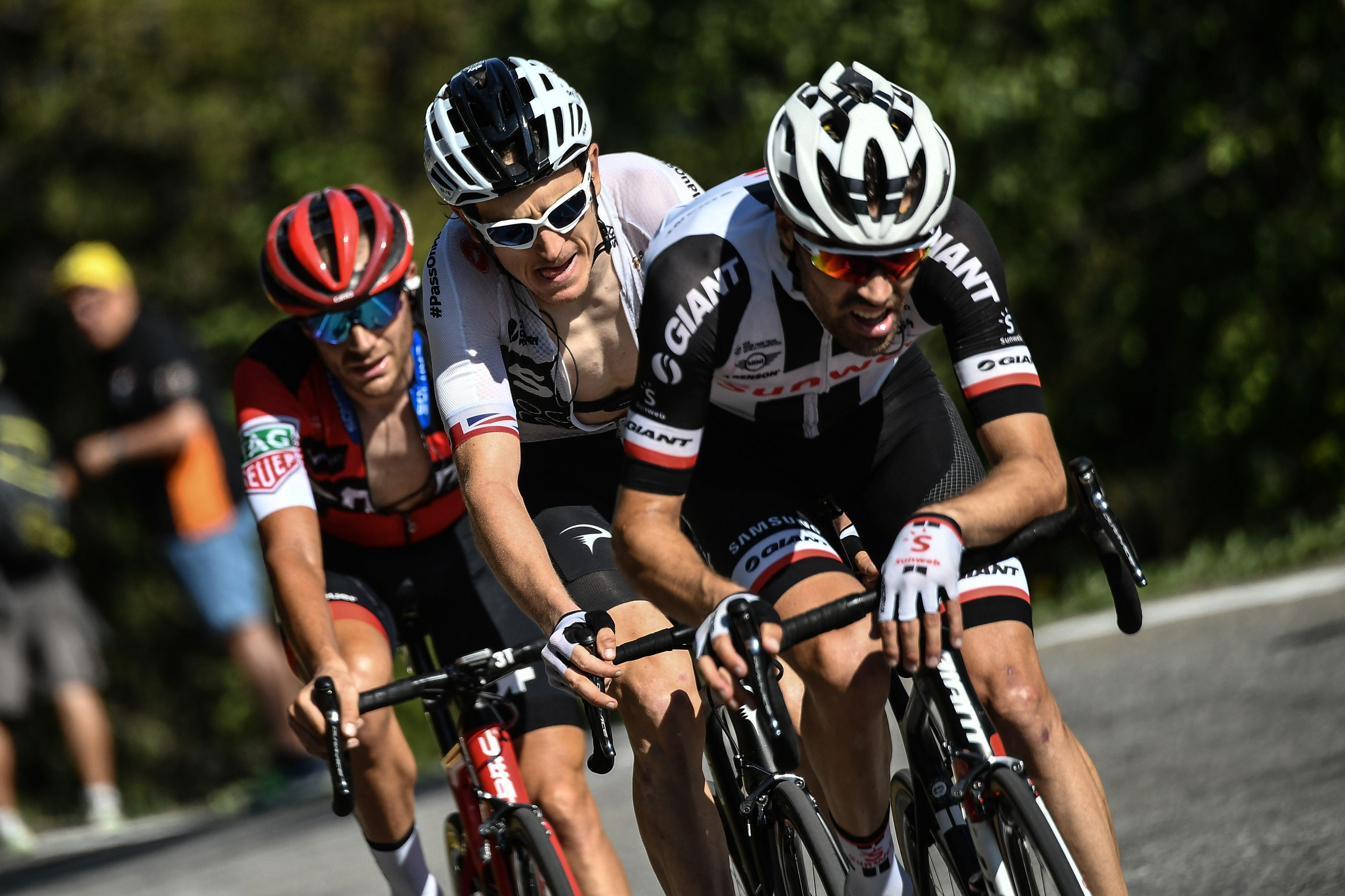 Thomas sat on the wheel of rival Tom Dumoulin until the final kilometre where he attacked and caught the leader Mikel Nieve
