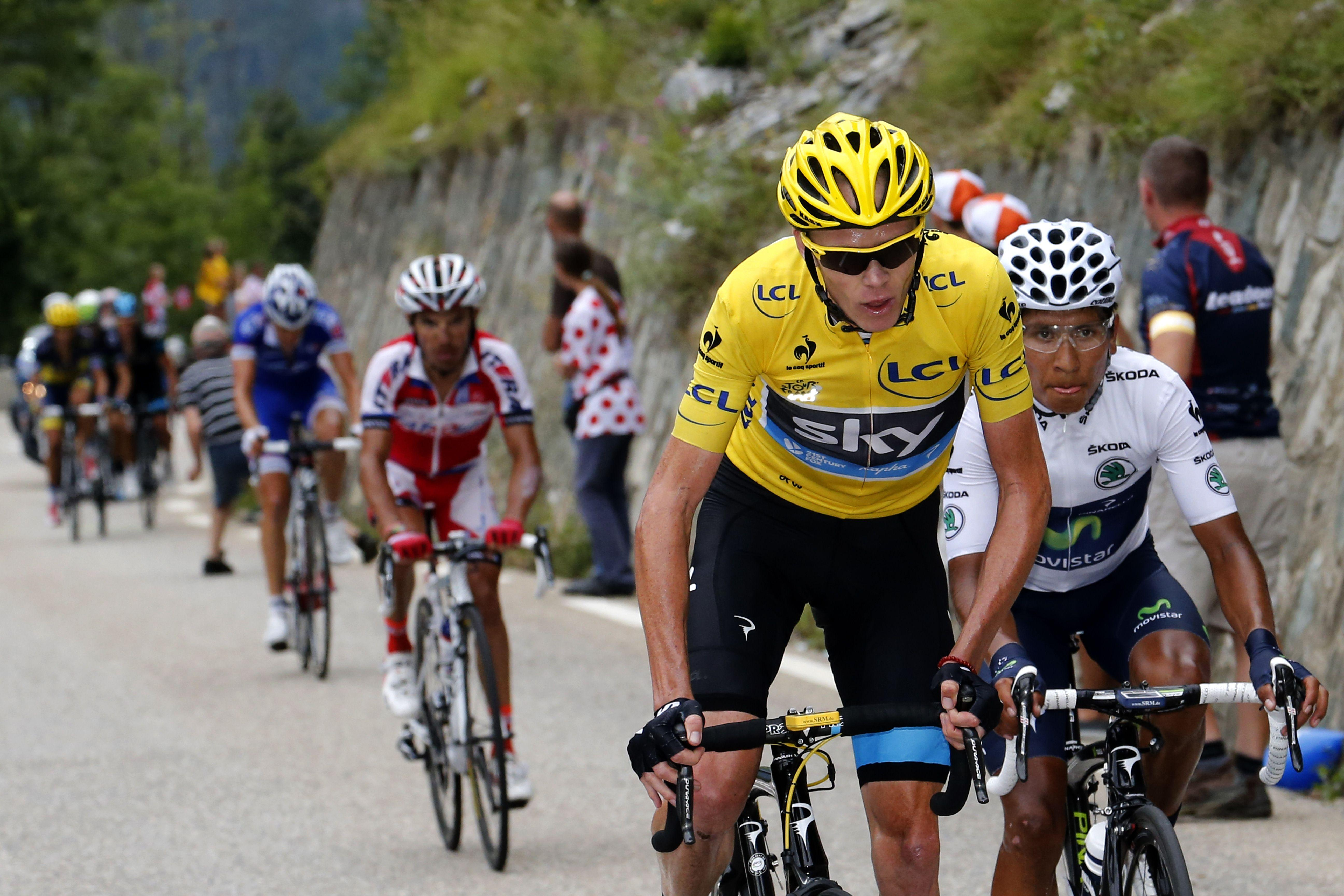 Chris Froome attacks Nairo Quintana on Alpe d'Huez at the 2013 Tour
