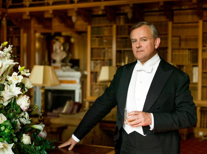 Hugh Bonneville will star as the Earl of Grantham in the Downton Abbey film