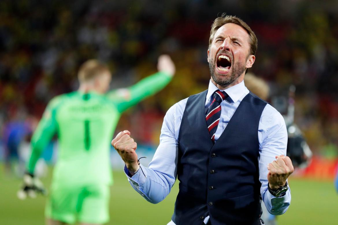 England fans call for Gareth Southgate to be KNIGHTED after Three Lions'  historic win
